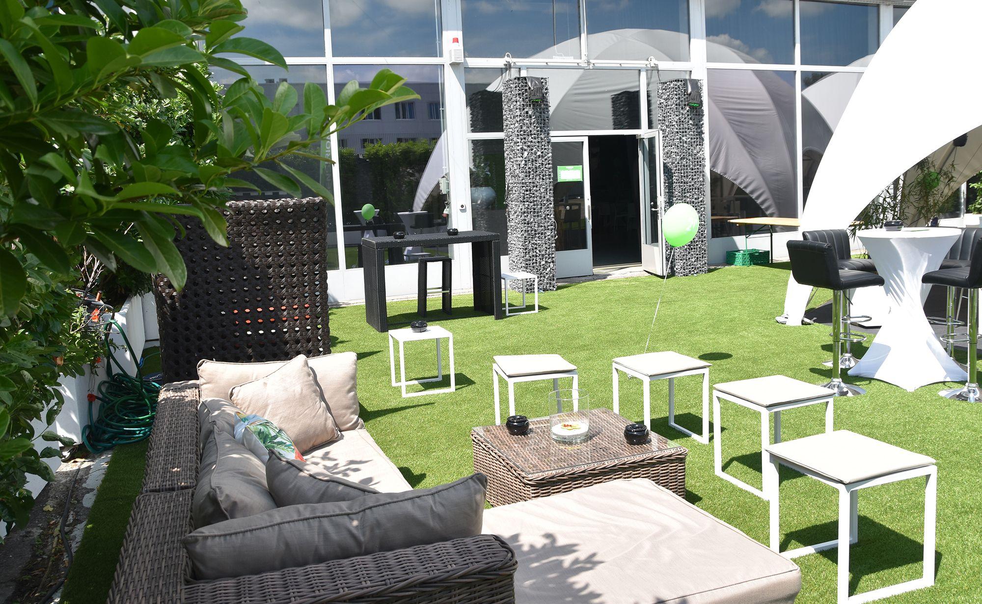 bild_background_outdoor_garten_eventgarten_outdoorbereich_12_starlite_eventhall_eventlocation_eventlokal_event_hall_location_lokal_venue_rapperswil_jona_zuerichsee
